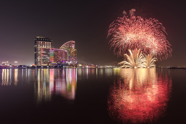 dubai festival city mall new year fireworks